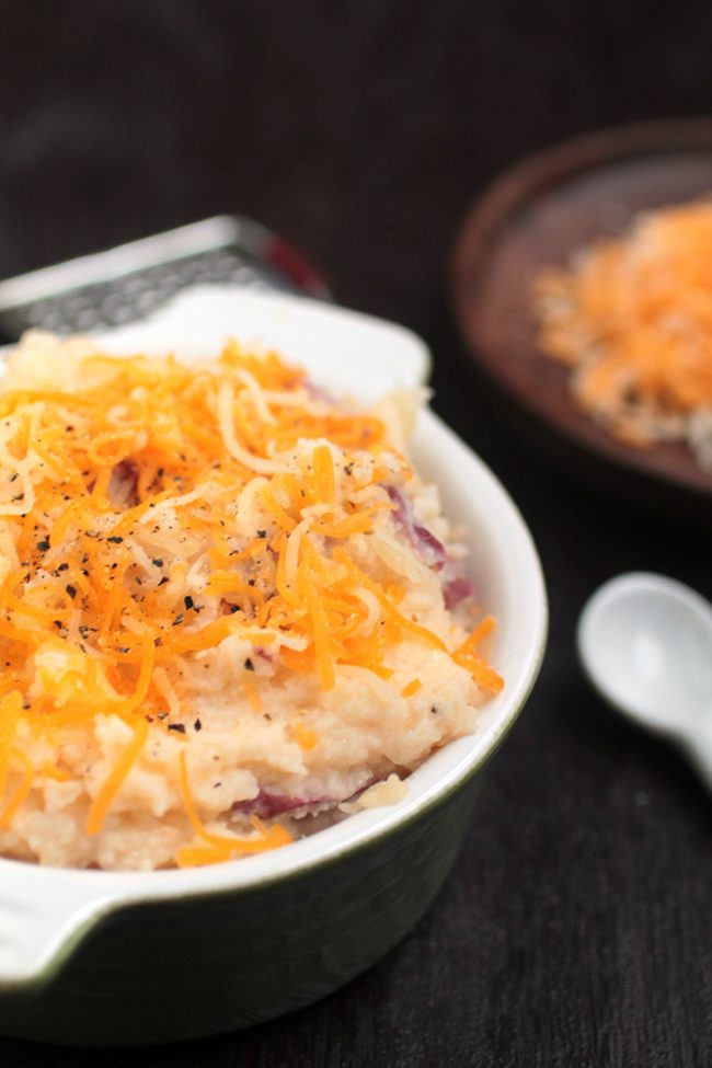 Cheddar Greek Yogurt Mashed Potatoes | Life As A Strawberry