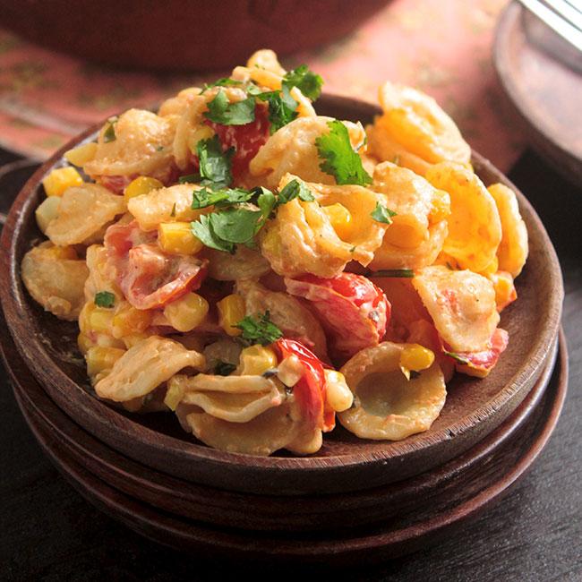 30 Minute Creamy Corn & Tomato Pasta