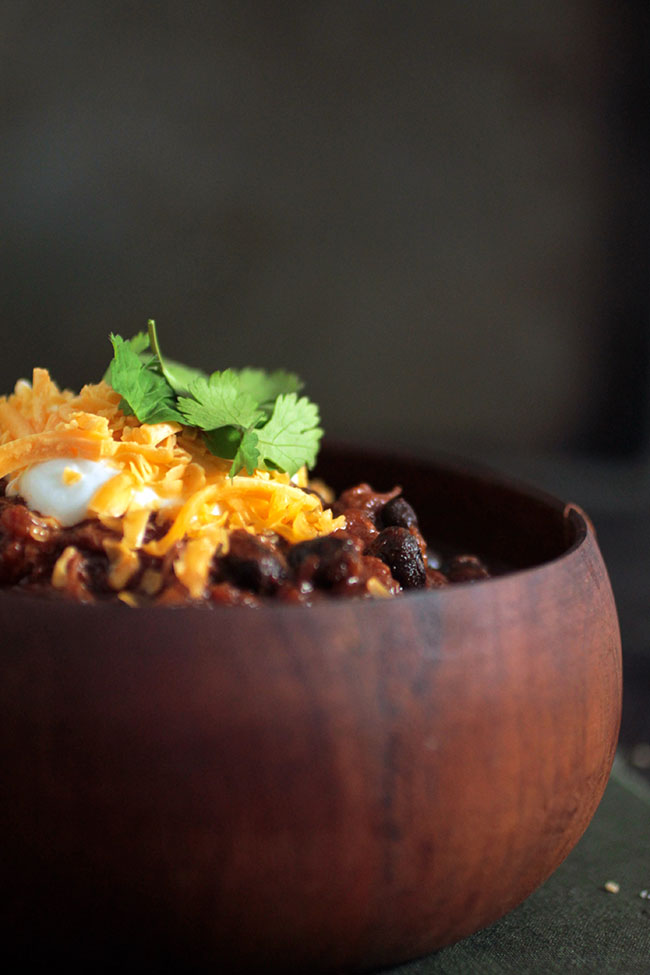 Homemade chili recipe with short ribs braised in Guinness and a rich tomato sauce. Perfect for chilly evenings!