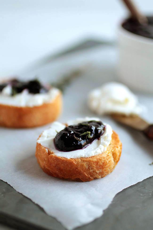 Crockpot blueberry jam recipe - Vegetarian, Vegan.