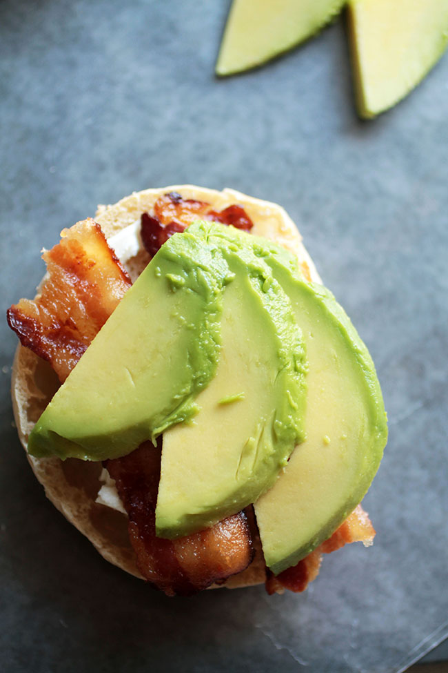 This easy eggs benedict with avocado is quick to make and perfect for brunch!