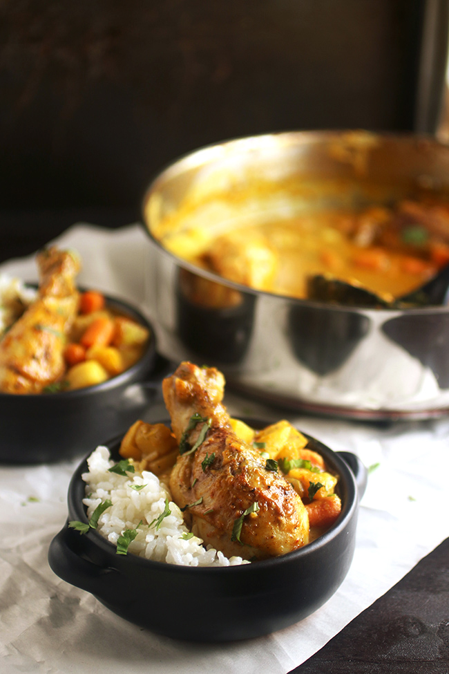 Easy Chicken Curry - This simple, one pot chicken curry recipe is perfect for busy weeknights! In a simple coconut curry sauce - great over rice or pasta.