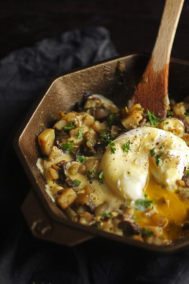 Vegetarian Leek and Mushroom Breakfast Hash - Vegetarian.