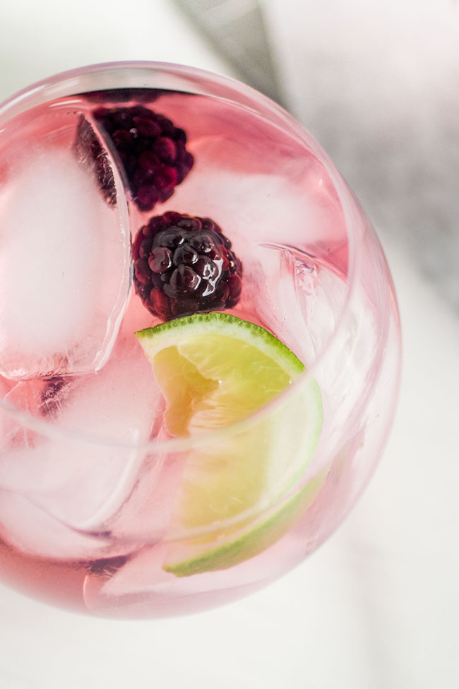 Blackberry Vodka Tonics | Easy, flavorful Blackberry Vodka Tonics - made with simple home-infused blackberry vodka! The perfect summer drink recipe.